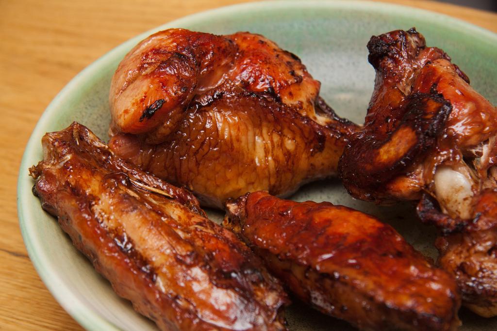 Sriracha BBQ Wings